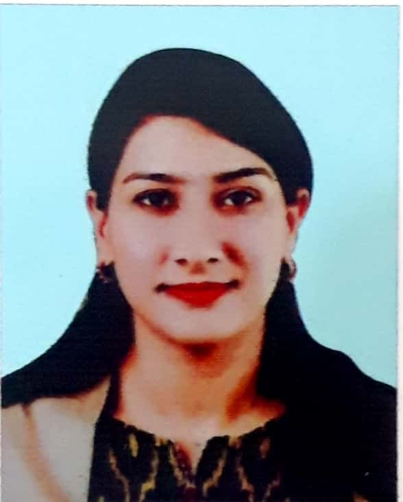 Dr. Naqshee Maheen